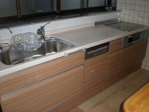 大型シンクの使いやすいキッチンへリフォーム